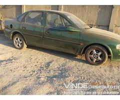 Dezmembrez Opel Vectra B 1.7 TD din 1996