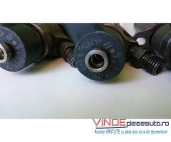 0445110078 Injectoare 8658352 Volvo  S60 S80 V70 XC70 XC90