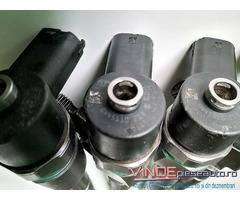 Injector 0445110213 Alfa Romeo 2.4 JTDM Fiat Croma 2.4 D Multijet